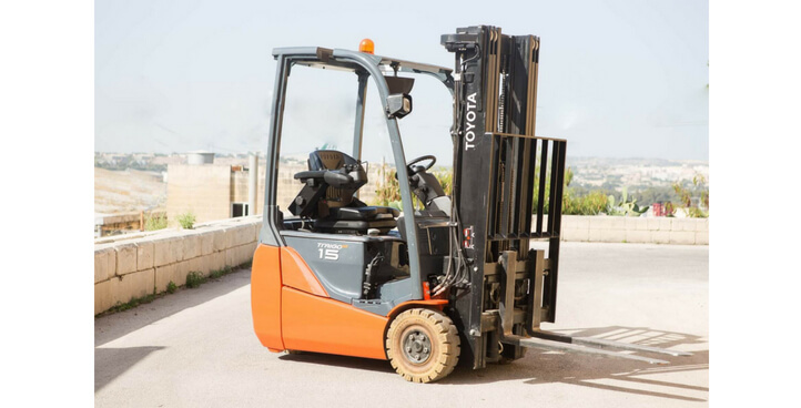 Forklifter MODEL 8FBET15