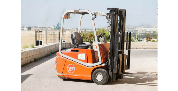ELECTRIC FORK LIFT TRUCK MODEL C3E15