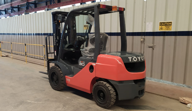 Brand New Diesel Forklift 3 Ton 8FDF30 (SPECIAL OFFER DISCOUNTED TRUCK)